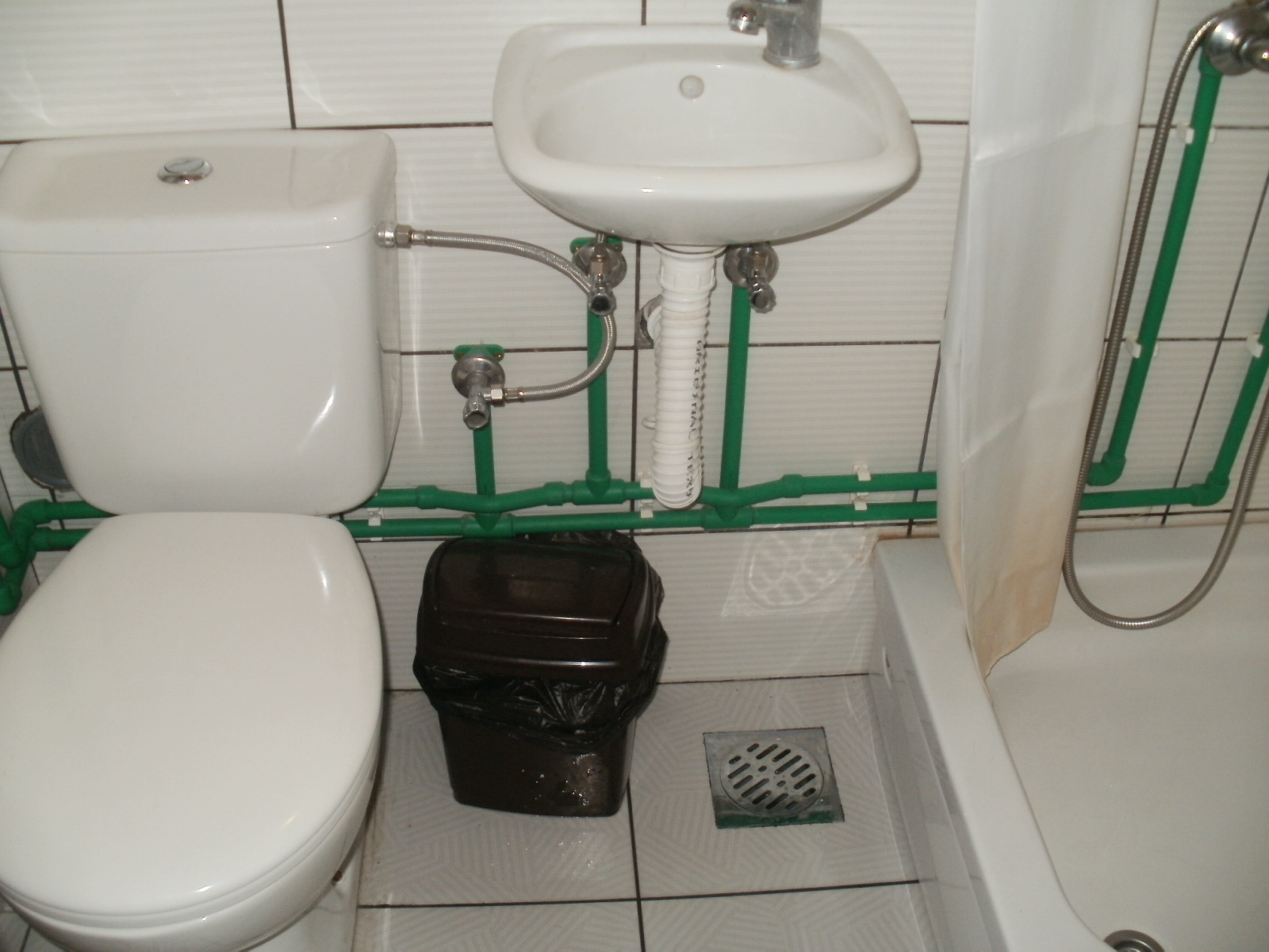 24_Toalet_u_sobama_1_do_8.JPG - 468,76 kB
