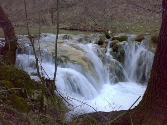 Vodopad_na_Bistrici.jpg - 39,19 kB